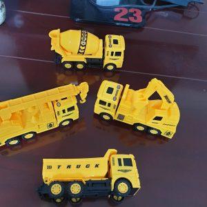 Bộ đồ chơi vỉ 4 chiếc xe ô tô công trường (Truck)
