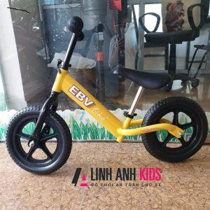 Xe thăng bằng cho bé (2-5 tuổi)