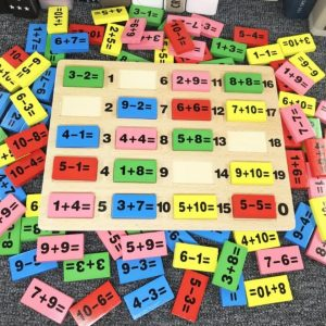 Đồ chơi học toán Domino (chất liệu gỗ an toàn)