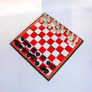 Bộ bàn cờ vua chất liệu nhựa cao cấp